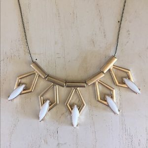 Jewelry - Gold and ivory necklace