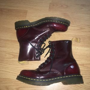 Dr. Martens maroon size 8
