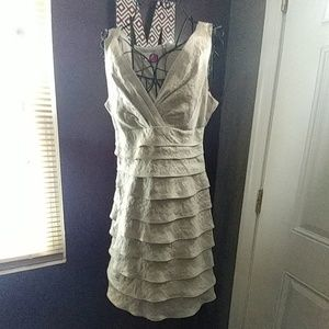 London Times Tiered Occasion dress sz 8