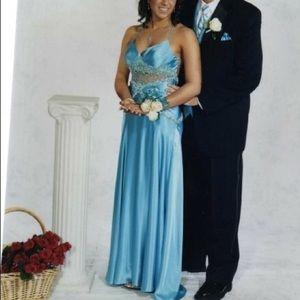La Femme blue formal gown