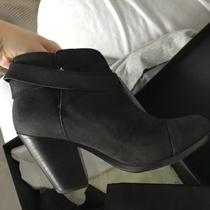 Rag & Bone Waxed Asphalt Gray Bootie 37