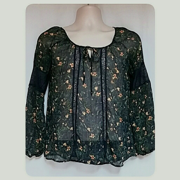 Vera Wang Tops - Princess Vera Wang Boho Sheer Top Black Floral