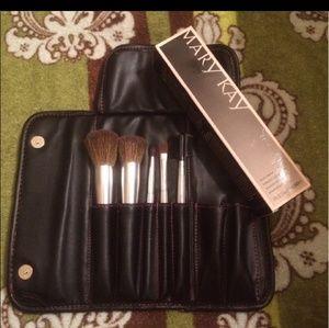 Mary Kay 5 piece brush kit plus brush cleaner