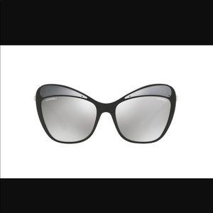 100% authentic Chanel mirrors sunglasses
