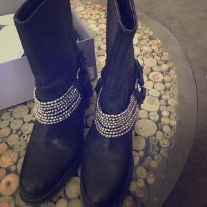 Vera wang Biker Boots