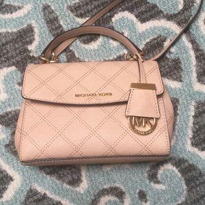 Authentic Michael Kors handbag 👜