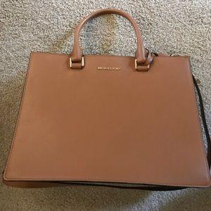 Michael Kors bag -barely used