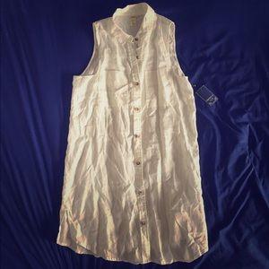 White Sleeveless Button-Down Dress