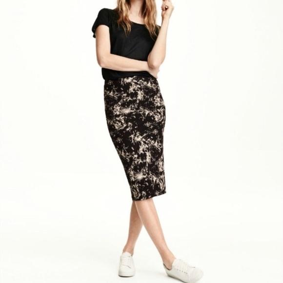 775092666 H&M Dresses & Skirts - H&M Marble Pencil Skirt