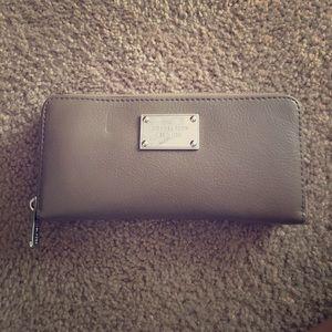 Michael Kors Dark Dune Wallet