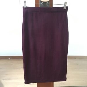 H&M Ribbed Midi Pencil Skirt