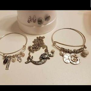 Jewelry - Mermaid jewelry set