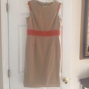 Beautiful fall Anne Klein sleeveless dress