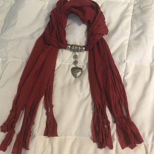 Heart gemstone necklace scarf