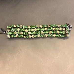 Green bracelet made with Swarovski crystals