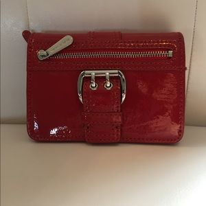 *Michael Kors red patent leather wallet
