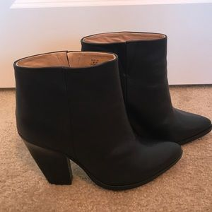 H&M sz 8 real leather black ankle boots booties