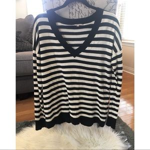 GAP Black and White striped V Neck sweater