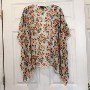 floral design kimono medium length short sleeves