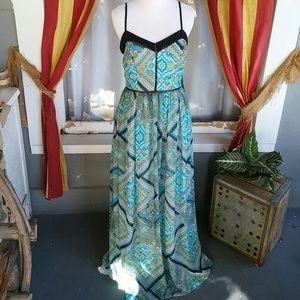 Bisou Bisou beautiful long maxi dress