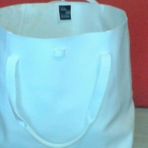 Saks fifth Avenue winter white tote