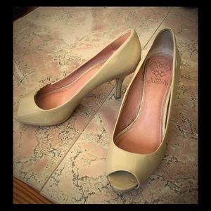 Vince Camuto Nude Peep-toe heels size 7.5