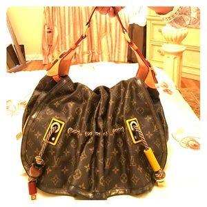 7ea592888d22 Louis Vuitton Bags - Louis Vuitton Kalahari GM Madonna-Limited Edition!
