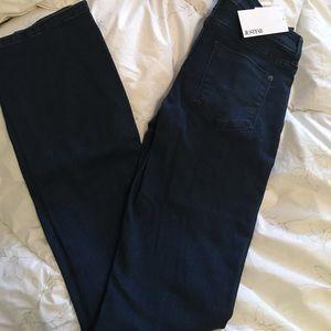 Justfab jeans BRAND NEW