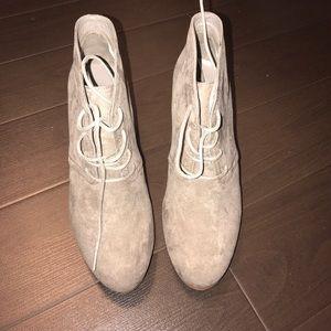 🎉 HP🎉Arizona Jean Co boots 👢NWT SZ 10M mushroom