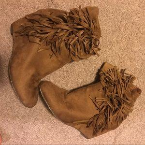 Brown Fringe Wedge booties