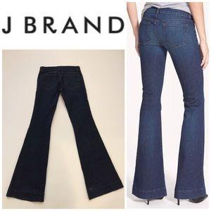 J Brand ❤️ Lovestory Rye Wash Flare Jeans 👖