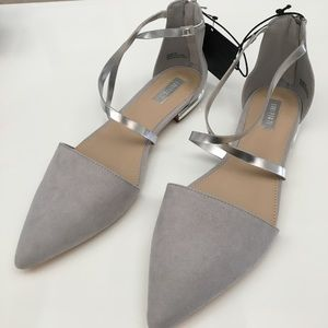 New Grey & Silver Pointed Toe Flats Forever21