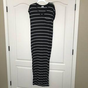 Striped short sleeve maxi dress