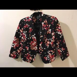 Forever 21 Floral black blazer