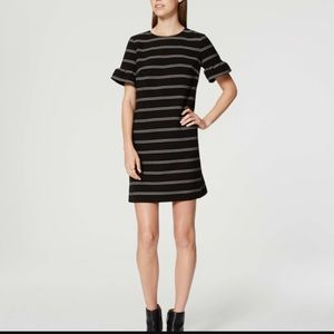 LOFT Ruffle sleeve dress