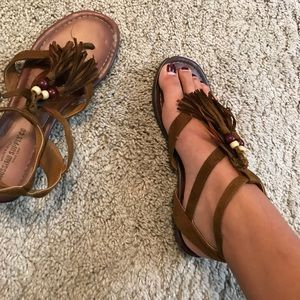 Comfortable sandals w/ feathers tassels and beads