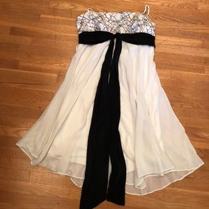 BCBGMAXAZRIA black and cream colored dress