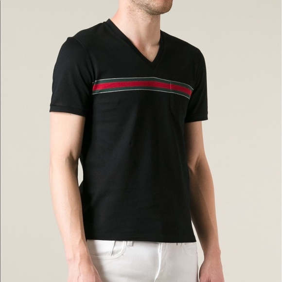 Mens Gucci Black stripe detail V,neck T,shirt