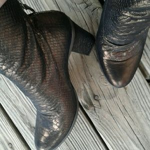 Seychelles Brown Shimmer Booties