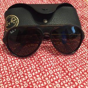 Polarized Ray Ban aviator sunglasses