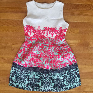 Dresses & Skirts - Beautifully Detailed Dress