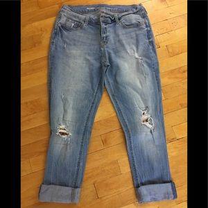 EUC Old Navy Boyfriend Jeans