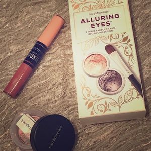 Other - Bare Minerals-Alluring Eyes Set-Moxie gloss-Blush