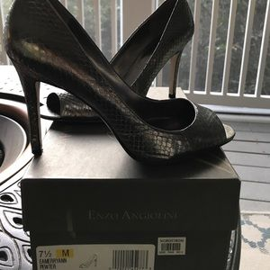 Enzo Angiolini open toes pumps