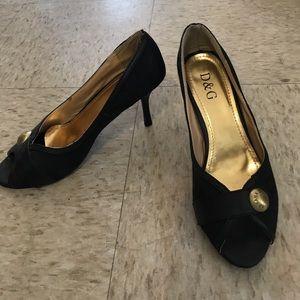 Dolce and Gabbana black heels brand new size 8