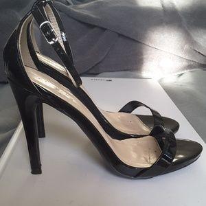 Qupid black patent leather heels