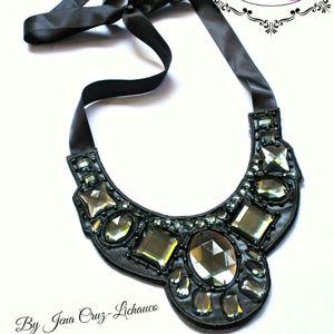 Handmade Gem Fashion Bib Necklace