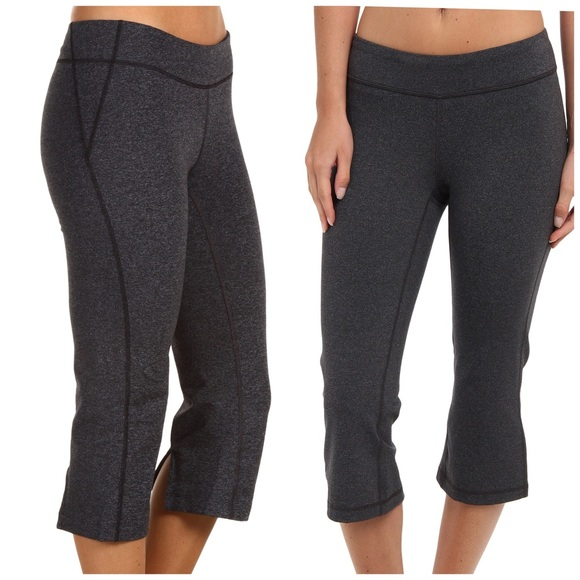 73767cfe037 Lucy Pants - Lucy Lotus Collection Workout Yoga Capri Pants L