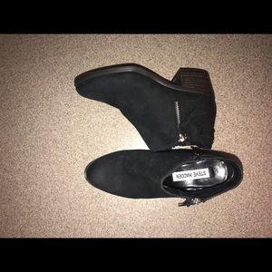 Steve Madden boots NEVER WORN!