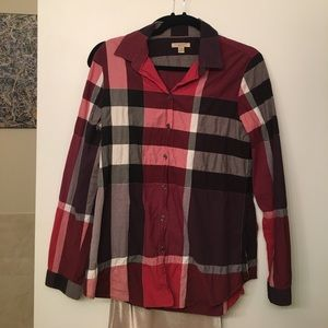 Burberry button-up in red, light wear, great fit